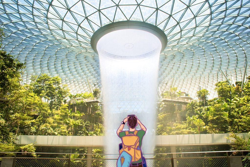 HSBC Rain Vortex, salah satu air terjun buatan yang terkenal di Singapura