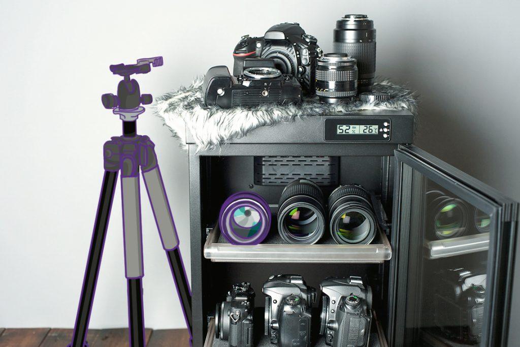 Simpan kamera di kotak yang kering dan kedap udara.